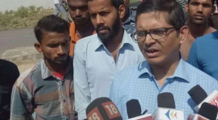 हजरतगंज पुलिस ने पूर्व आईपीएस अमिताभ ठाकुर को किया गिरफ्तार