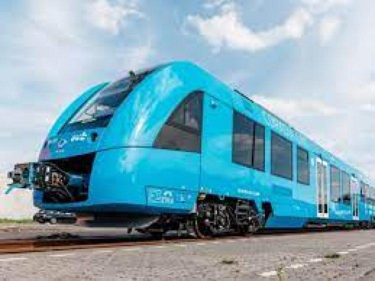 2030 तक भारत में चलने लगेगी प्रदूषण मुक्त हाइड्रोजन ट्रेन!